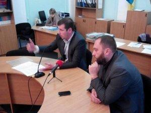 Фото: Близько десяти депутатів Полтавської міськради хочуть проводити сесії в МБК, а секретарем зробити Матковського