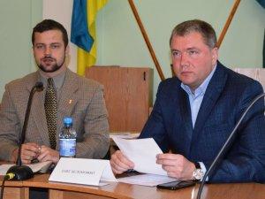 Фото: «Свобода» та «Батьківщина» вирішили об'єднатися у міській раді Полтави