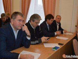 Фото: У Полтаві депутати місцевих рад голосуватимуть відкрито