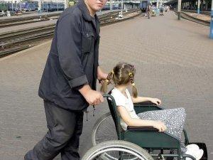 Фото: Вокзали та залізничні станції Полтавщини обіцяють зробити доступнішими для людей з інвалідністю