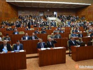 Фото: Сесія Полтавської обласної ради: за слад комісій проголосували пакетом