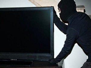 Фото: У Лубнах син вкрав у матері монітор вартістю 2 тисячі гривень