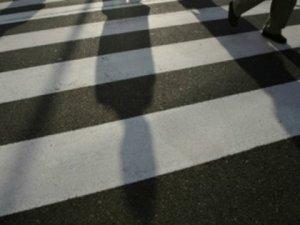 Фото: Полтавка на «Опелі» збила  на пішохідному переході пенсіонерку та дитину