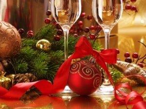 Фото: Новорічно-різдвяні тости і привітання, які полтавцям можуть стати в нагоді