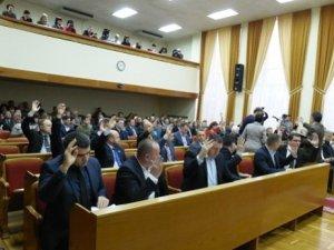 Фото: Кременчуцька прокуратура склала адмінпротоколи на трьох депутатів