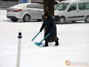 Фото: Яценюк закликав органи місцевої влади «боротись» зі снігом, а поліція людей – утриматись від поїздок