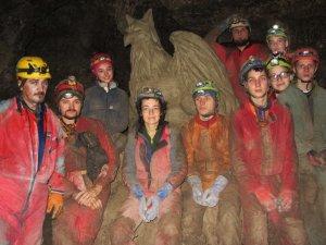 Юні спелеологи Полтавщини зробили нові відкриття у найбільшій печері Європи