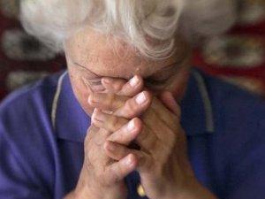 Фото: На Полтавщині невідомі пограбували стареньку, представившись соціальними працівниками