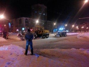 Фото: Комісія по снігу: як у Полтаві борються з наслідками стихії