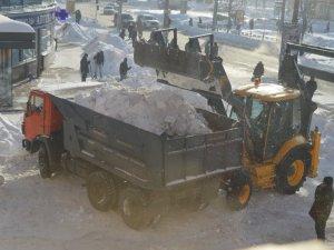 Фото: Міська влада опублікувала список вулиць Полтави, які першочергово очистять від снігу