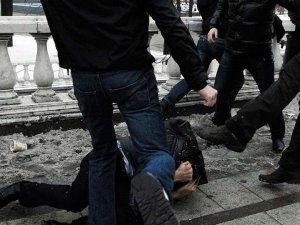 Фото: Бійка 20 осіб у Лубнах переросла у напад на поліцію