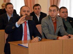 Фото: Сесія Полтавської міськради: заступників мера не звільнили, виконком не розпустили (оновлено, відеотрансляція, ФОТО)