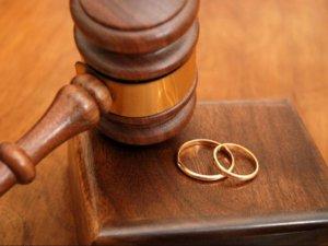 Фото: У Миргороді переселенці відмовляли у розлученні з чоловіком, який перебуває у зоні АТО