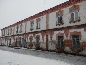 Фото: У Глобиному збираються відремонтувати найстарішу будівлю