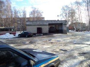 Фото: У Пирятині в каналізаційну яму упало подружжя – дружина загинула