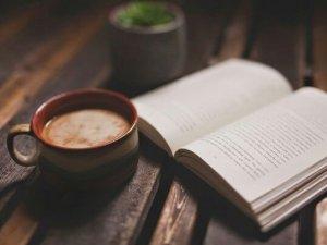 Фото: У Полтавській обласній бібліотеці влаштують «кавові читання»