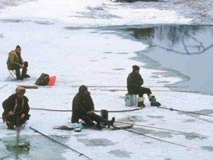 Фото: Рятувальники застерігають: через тонкий лід загинули вже 30 людей