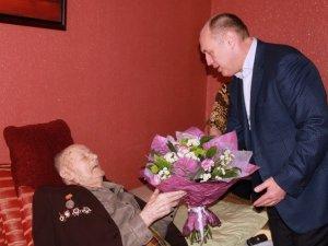 Фото: Полтавцю Іванові Горбоконю виповнилося 100 років