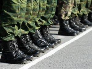 Фото: Верховна Рада дала право президенту оголошувати строковий призов в армію