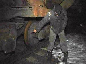 Фото: На Полтавщині двоє чоловіків розукомплектували вантажні вагони