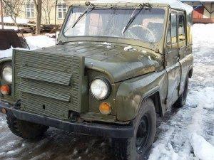 Фото: Обіцяне військовим авто для вивозу поранених із передової «передарували» правоохоронцям