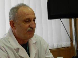 Фото: Полтавській дитячій лікарні подарували нове медобладнання та розповіли, як відрізнити волонтера від шахрая (фото)