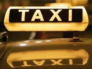 Фото: У Кременчуці в таксиста вночі вкрали автівку