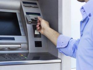 Фото: Банки «беруть» вихідні: графік роботи банківської системи на свята