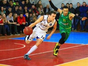 Фото: Баскетбол: «Кремінь» перемагає «Говерлу» та виходить до півфіналу