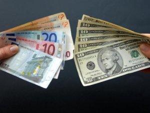 Фото: Українці зможуть більше купити доларів і євро за один раз