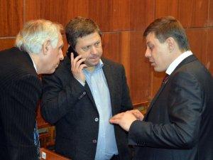 Фото: Розпочался позачергова сесія Полтавської обласної ради: протест «Полтавафарм»  (текстова трансяція)