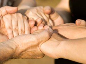 Фото: Рік благодійного фонду «HelpGroup» мовою цифр та дат у Полтаві