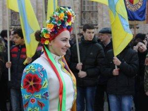 Полтавці урочисто вшанували пам'ять Кобзаря (ФОТО)