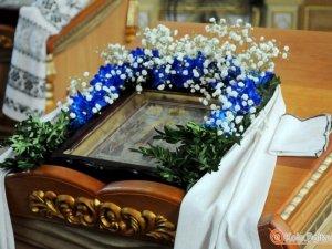 Фото: У Полтаву привезуть чудотворну мироточиву ікону Пресвятої Богородиці «Усіх скорботних радість»