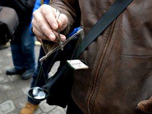Полтавці проситимуть генпрокурора зняти прокурора Полтавської області (ФОТО)