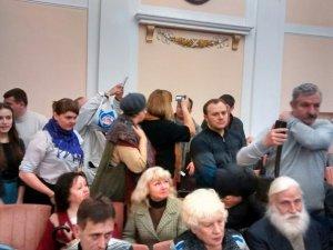 Сесія Полтавської міськради тривала більше п'яти годин (оновлено, відео, фото)