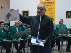 Фото: У Полтаві відкрили виставку «Карлюка-2016»: словаки перейняли ідею Гоголя, а росіяни висміяли Путіна (фоторепортаж)