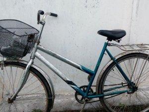 Фото: У Гребінці злодій протягом години вкрав два велосипеди