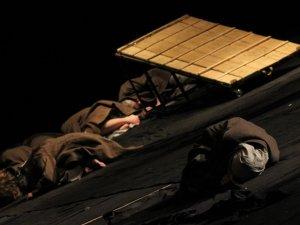 Фото: Коломийські актори подарували полтавцям глибоке переосмислення твору Івана Франка