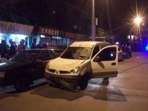 Фото: У Полтаві п'яний водій автомобіля «Рено Кенго» збив пішохода