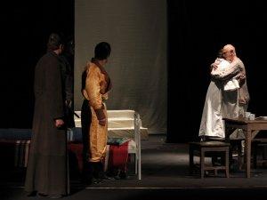 Фото: Колектив Миколаївського театру зачарував глядача глибокою темою і тонким гумором