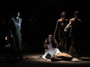 Фатальне кохання під музику «Дахи Брахи» переживали на гоголівські сцені актори житомирського театру