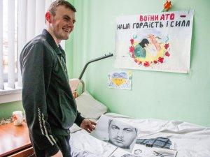 Фото: Два роки потому: волонтерський фронт Дніпропетровського військового госпіталю (ФОТО)
