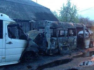 Фото: На Полтавщині горіли дві автівки