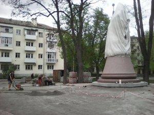 Фото: Як виглядає пам'ятник Мазепі за 2 тижні до відкриття (фото)