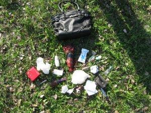 Фото: Кременчужанку пограбували і кілька разів вдарили ножем у живіт
