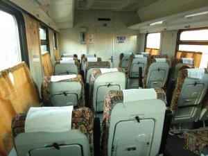 Фото: Вагони потягу «Кременчук-Полтава-Київ» замінили на менш комфортні, а ціну за квитки залишили