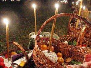 Фото: Розклад богослужінь на Великдень у полтавських храмах
