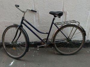 Фото: У Гребінці чоловік поцупив велосипед