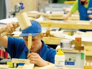 Фото: Для вирішення долі ПТУ планують залучати бізнесменів